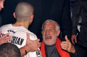Jean-Paul Belmondo : Fan de boxe épanoui et heureux devant un beau combat
