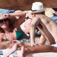 Kelly Ripa et son époux Mark Consuelos passent des vacances à Los Cabos au Mexique, le 18 janvier 2014.