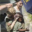 Charlize Theron avec son fils Jackson à Sydney en Australie le 26 novembre 2013