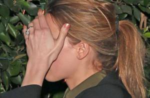 Amber Heard, première groupie de Johnny Depp : Avec une énorme bague au doigt !
