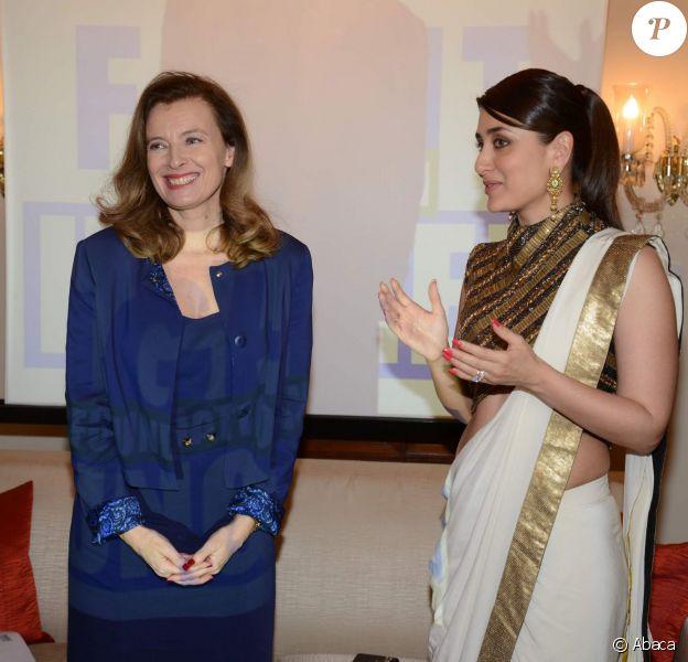 La superstar de Bollywood Kareena Kapoor au côté de Valérie Trierweiler, invitée d'honneur d'un déjeuner à Mumbaï en Inde le 27 janvier 2014 au Trident Hotel, dans le cadre du déplacement au nom d'Action contre la faim