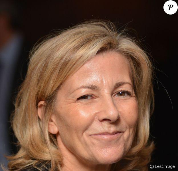 """Exclusif - La journaliste Claire Chazal est marraine de l'Association """"Toutes à l'école"""" lors d'une opération à Bruxelles, le 21 novembre 2013."""