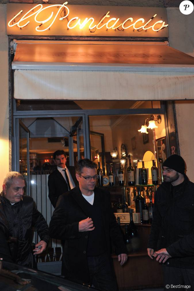 Matt damon est all d ner au restaurant italien il for Dujardin chameau