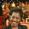 """Exclusif - Claudia Tagbo - Enregistrement de l'émission """"Le Plus Grand cabaret du monde"""" à Paris le 11 février 2014. Diffusion le 29 mars 2014."""