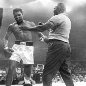 Mohamed Ali : Son premier grand combat face à Sonny Liston truqué ?