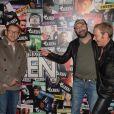 Dany Boon et Kad Merad accueillis par Tony Gomez au Queen, Paris, le 26 février 2014.