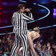 Robin Thicke et Miley Cyrus aux MTV Video Music Awards au Barclay Center (Brooklyn), le 25 août 2013
