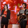 La chanteuse Kika et John Mamann lors de l'enregistrement de l'émission  Vivement dimanche  du 2 mars 2014, le 26 février à Paris, consacrée au ''Johnny portugais'' et à son album  Nos Fiançailles, Portugal-France .