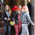 Cressida Bonas, compagne du prince Harry, dans le quartier de Soho à Londres le 24 mars 2014