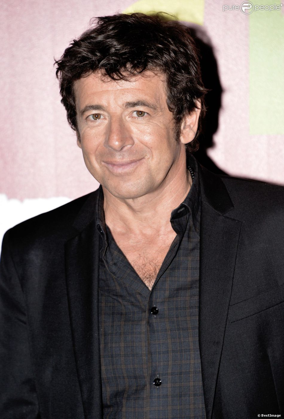 patrick bruel sa compagne l 39 argent le poker il dit tout purepeople. Black Bedroom Furniture Sets. Home Design Ideas
