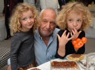 François Berléand et ses adorables jumelles, stars d'un moment tout chocolat