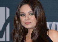 MTV Movie Awards : Mila Kunis, enceinte et glamour face à Mark Wahlberg amoureux