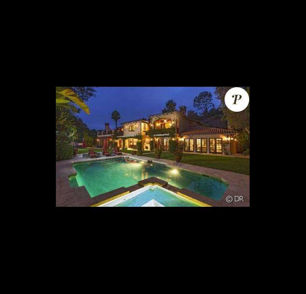 Sofia Vergara s'est offert cette maison de Beverly Hills pour la somme de 10,6 millions de dollars.
