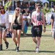 """"""" Ava Sambora en compagnie d'amis lors du Festival de Coachella, le 13 avril 2014.  """""""
