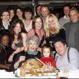 Exclusif : Micheline Dax et sa petite-fille et tous ses proches pour fêter son 84e anniversaire à Paris le 3 mars 2008