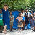 Valérie Trierweiler a visité, avec le Dr Ismail Hassouneh et Malika Tabti, un futur centre de traitement des eaux, dans le village de Bois Joute, à Haïti, le 6 mai 2014.
