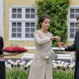 Une tulipe à son nom, ça s'arrose (de champagne) ! La princesse Marie de Danemark a baptisé le 7 mai 2014 une fleur à son nom dans le parc du château de Gavno : la tulipe Princesse Marie, une variété simple tardive de 45 cm, blanche à liseré cerise sur le bord.