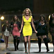 Elizabeth Banks : Robe moulante et situation compliquée dans 'Blackout Total'