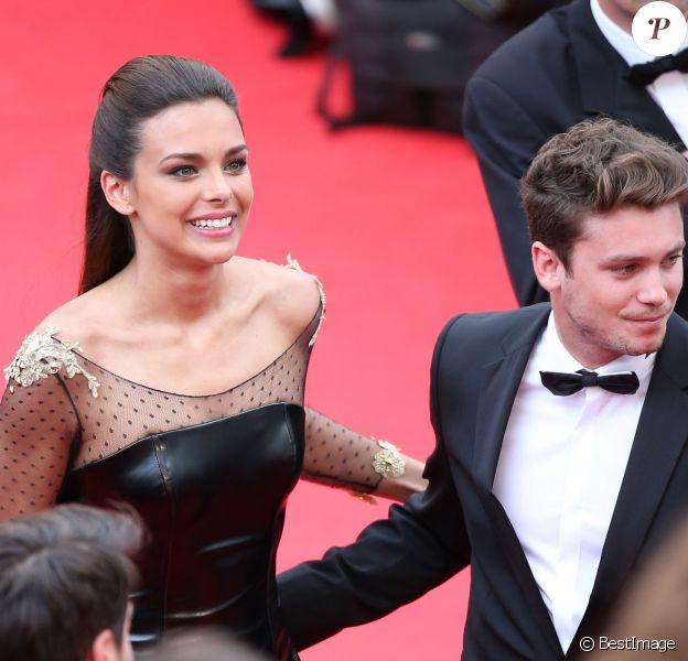"""Marine Lorphelin et Bastian Baker lors de la montée des marches du film """"Grace de Monaco"""" pour l'ouverture du 67 ème Festival du film de Cannes, le 14 mai 2014"""