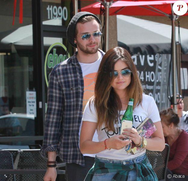 Lucy Hale et Joel Crouse à Los Angeles, le 8 mai 2014.