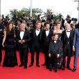 """Vincent Desagnat, Alice David, Gérard Jugnot, Philippe Lacheau, Nicolas Benamou, Clotilde Courau (princesse de Savoie), Enzo Tomasini, Julien Arruti et Tarek Boudali - Montée des marches du film """"Dragon 2"""" lors du 67e Festival du film de Cannes le 16 mai 2014"""
