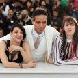 """Asia Argento, Gabriel Garko, Charlotte Gainsbourg - Photocall du film """"L'Incomprise"""" lors du 67e Festival International du Film de Cannes, le 22 mai 2014."""