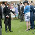 Le prince Philip le 21 mai 2014 dans le parc de Buckingham Palace pour la première garden party royale de l'année.