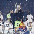 Carlo Ancelotti fête la victoire en Ligue des champions au stade Bernabeu à Madrid en Espagne le 25 mai 2014.