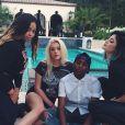 De retour de Florence en Italie pour le mariage de Kim Kardashian et de Kanye West, Kylie Jenner n'a pas tardé à retrouver ses amis.