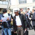 Ray West (père de Kanye West) - Les invités du mariage de Kim Kardashian et de Kanye West arrivent à l'aéroport du Bourget en provenance de Florence en Italie le 25 mai 2014.