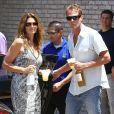 Cindy Crawford et son mari Rande Gerber assistent à la fête annuelle du Memorial Day, organisée par producteur de films Joel Silver. Malibu, le 26 mai 2014.