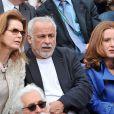 Cyrielle Clair, Françis Perrin et sa femme Gersende à Roland-Garros à Paris, le 3 juin 2014.