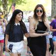 Kourtney et Khloé Kardashian font du shopping dans les Hamptons. Southampton, le 3 juin 2014.