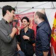 Rachida Dati rit avec le réalisateur Cesc Gay et de l'acteur Javier Cámara - Soirée d'ouverture du 13e Festival Le 7e art dans le 7e dans lacourdu lycée Victor Duruy, rue deBabylone à Paris, le 10 juin 2014.