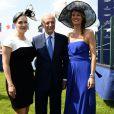 """Kate Winslet, Bertrand Bélinguier et Sophie Thalmann lors du 165e """"Prix de Diane Longines"""" à l'hippodrome de Chantilly le 15 juin 2014."""