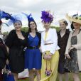 """Les chapeaux sur le """"Prix de Diane Longines"""" à l'hippodrome de Chantilly le 15 juin 2014."""