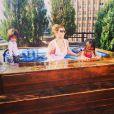 Mariah Carey s'est offert une séance de jacuzzi avec ses bambins, le 6 juin 2014.