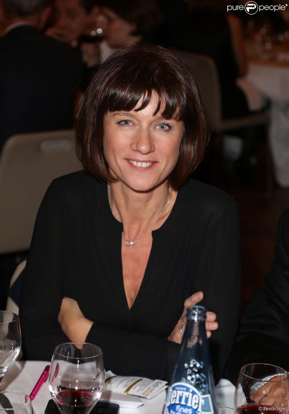 Exclusif - Carole Gaessler - Soirée annuelle de la FIDH (Fédération Internationale des Droits de l'homme) et 65e anniversaire de la Déclaration universelle des Droits de l'Homme à l'Hotêl de Ville de Paris le 10 décembre 2013.