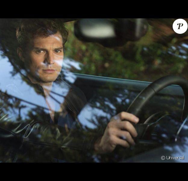 Jamie Dornan sur la première image officielle de Fifty Shades of Grey.