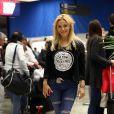 Evangelina Anderson, femme de Martin Demichelis, à l'aeroport de Belo Horizonte (Brésil), le 22 juin 2014. Elle rentre en Argentine après avoir rendu visite à son amoureux en pleine Coupe du monde.