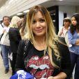 Karina, compagne de Sergio Agüero, à l'aeroport de Belo Horizonte (Brésil), le 22 juin 2014. Elle rentre en Argentine après avoir rendu visite à son amoureux en pleine Coupe du monde.