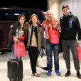 La famille d'Augusto Fernandez à l'aeroport de Belo Horizonte (Brésil), le 22 juin 2014. Elle rentre en Argentine après avoir rendu visite au joueur en pleine Coupe du monde.