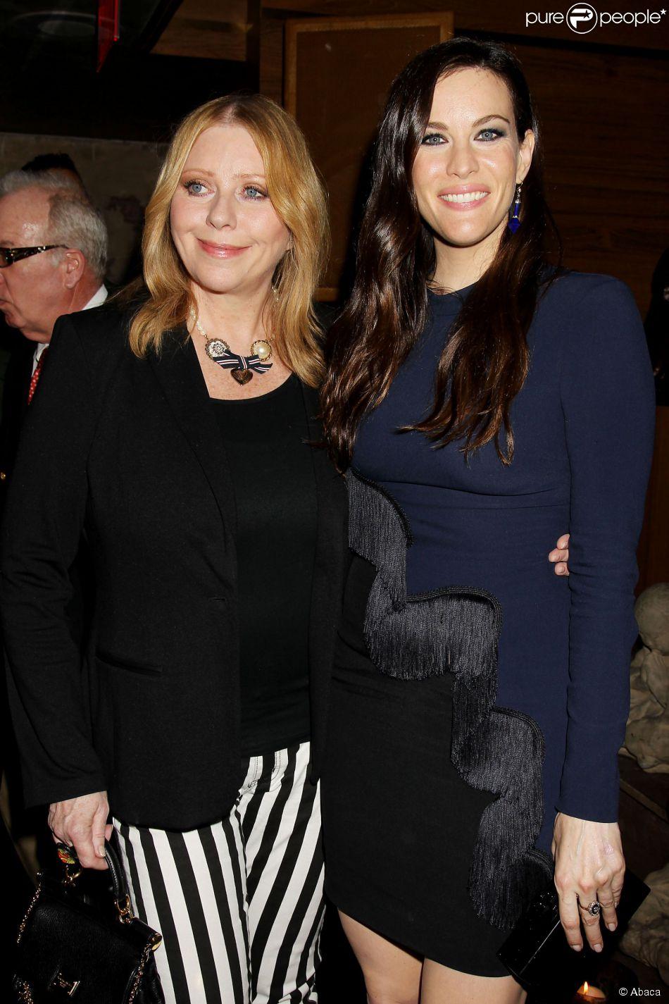 """Bebe Buell et Liv Tyler lors de l'after party de la présentation de la série """"The Leftovers"""", au Tao Downtown à New York le 23 juin 2014"""
