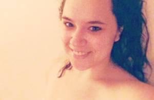 Magalie Vaé : Son selfie coquin en sortant de la douche...