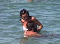 Raffaella Fico : La bombe fiancée le même jour que son ex Mario Balotelli