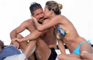 Diego Simeone : Fin de vacances amoureuse avec sa jeune et belle Carla Pereyra