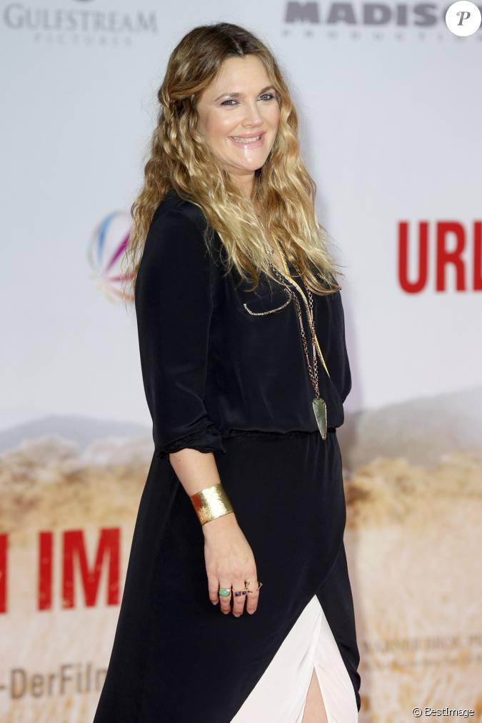 Drew Barrymore nue Photos et Vidéos de Drew -