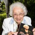 """La comédienne Gisèle Casadesus lors de la 19e édition de """"La Forêt des livres"""" à Chanceaux-près-Loches, le 31 août 2014."""
