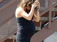 Mila Kunis, baby bump très rond : Dernières séances de yoga avant bébé !