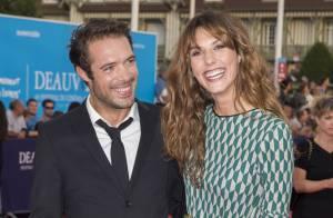 Nicolas Bedos et Doria Tillier main dans la main : Couple complice à Deauville